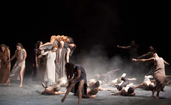 SASHA WALTZ & GUESTS Le sacre du printemps / The rite of spring La Monnaie Brüssel, Sept 2013